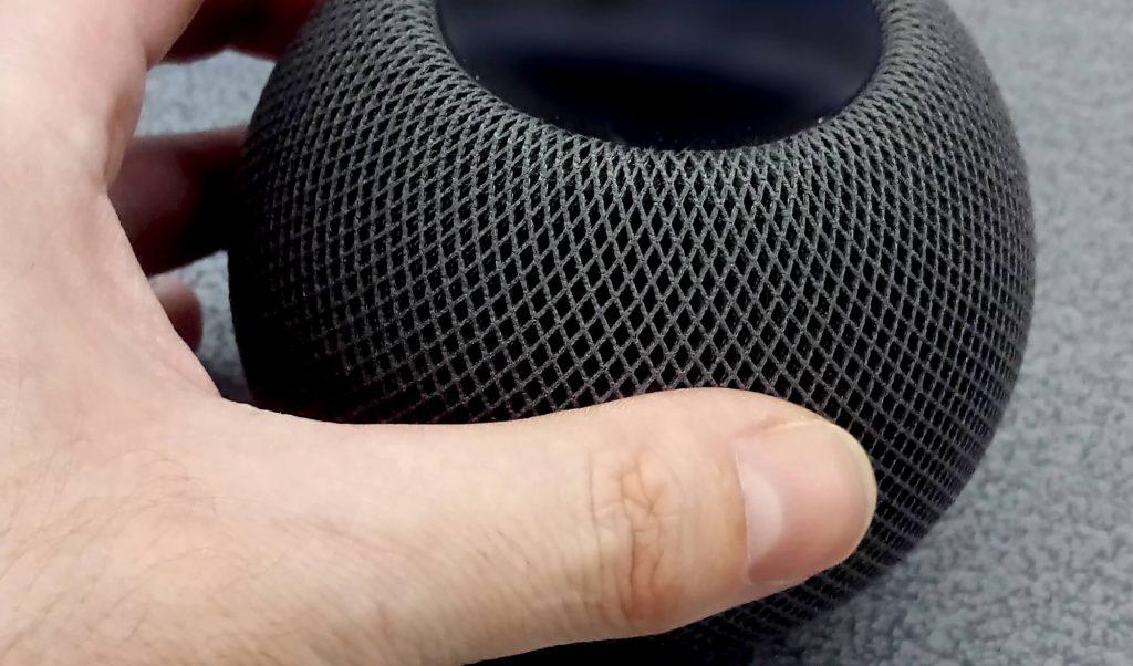 Apple Homepod Mini: Handliche Größe (Bild: artofsmart.de)